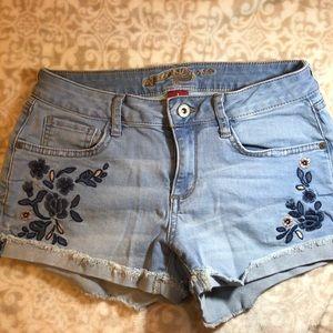 Arizona jean embroidered shorts.